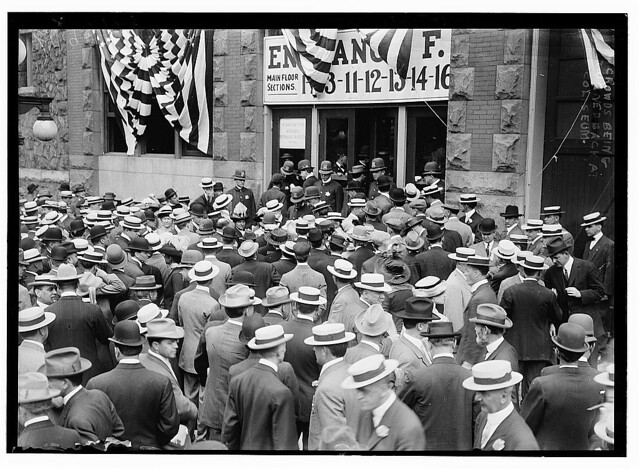 Voters being turned back at Coliseum (LOC)