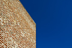 Geometry (manganite) Tags: blue red sky sculpture abstract brick art geometric colors lines architecture modern digital buildings germany geotagged nikon colorful europe tl perspective bluesky walls d200 nikkor dslr erwin neuss hombroich museumsinsel northrhinewestphalia 18200mmf3556 utatafeature manganite nikonstunninggallery ipernity heerich minkel date:year=2008 geo:lat=5114361 geo:lon=6655228 date:month=february date:day=9 format:ratio=32