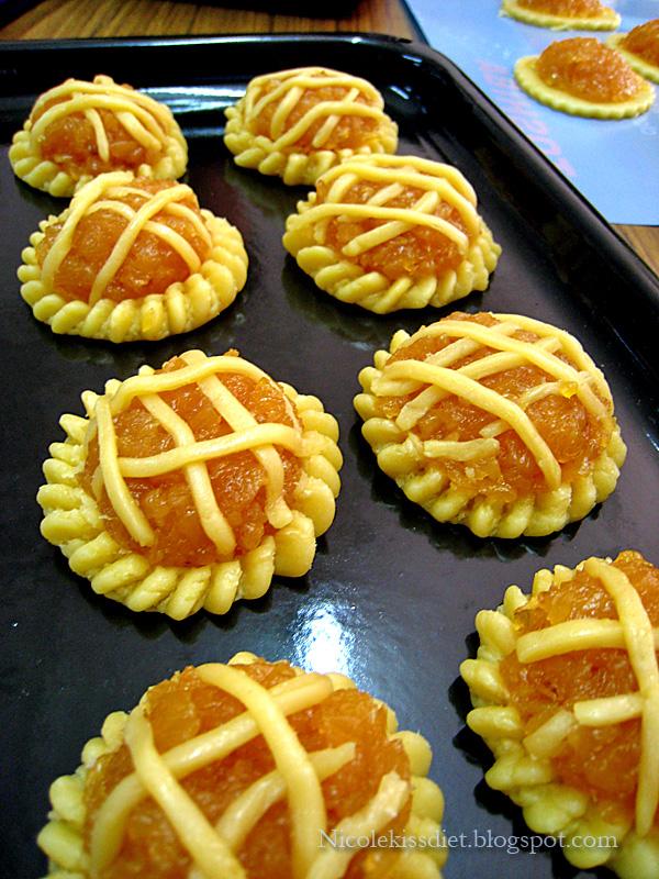 pineapple tart before bake