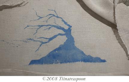 Tree print on muslin