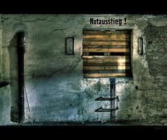 emergency exit (dennisgerbeckx.com) Tags: berlin abandoned kreuzberg industrial factory decay fabrik spree derelict mitte hdr verlassen eisfabrik marode köpenickerstrasse eismaschine iceworks breakdennis lindeag copyrightedallrightsreserved