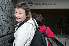 Louise (Fe em Brasil) Tags: london escalator louise docklands heronquays views50 vogonpoetry