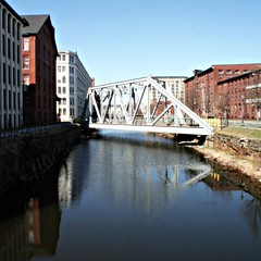 Canal st,  Lawrence MA (LifeAsIPictured) Tags: old bridge usa ma mercedes canal lawrence dominicana steelbridge mills skew duquesa trussbridge countryfeelings mercedesramirezguerrero duquesam mercedesramirez 01841 duquesamercedes dominicanrepublicpictures lifeasipictureit