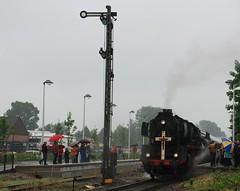 Pilgerzug in Kevealer (Schupperscout) Tags: steam lower 50 rhine pilger pilgrim niederrhein 3655 dampf sonderzug 503655 eisenbahntradition