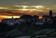 Sunset in my word (emorpi) Tags: sunset italy call italia tramonto di provincia marche jesi natures colline castelli ancona utatafeature nikonstunninggallery maiolati spontini marchigiane