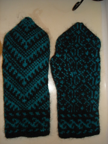 Anatolian Mittens Post Felting