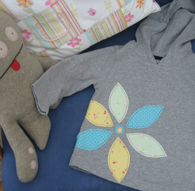 Grey hoodie with flower applique