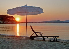 Sun Lounger (rockerkat1) Tags: sunset seaside bulgaria eclectic kiten