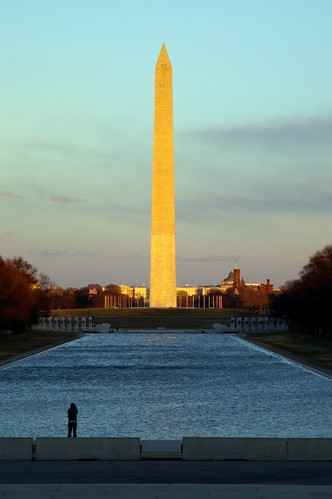 Washington  Monument with SMC FA 28-105 f/3.2-4.5