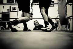 Boxe (ego[s]) Tags: bw roma ring sanlorenzo bianconero boxe corde