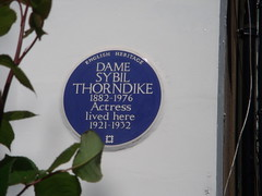 Photo of Sybil Thorndyke blue plaque