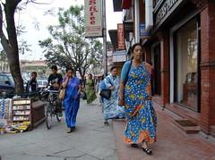 Nepal su gente vestido tradicional 063 (Rafael Gomez - http://micamara.es) Tags: nepal people de leute gente personas viajes su vestido gens tradicional