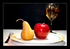 Dessert (Carlos Porto) Tags: white apple fruit dinner nikon wine plate fork pear vin breathtaking pomme poivre whine nikkorlens greatphotographers