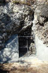 Entrée de la grotte