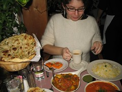 Jenna avec Indian Food