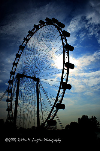 Singapore Flyer Day Scene-3 by ompoint59.