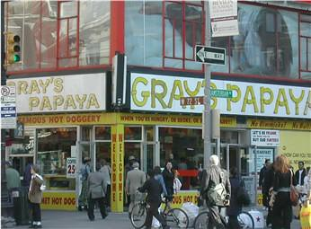 Gray's Papaya 72nd Amsterdam