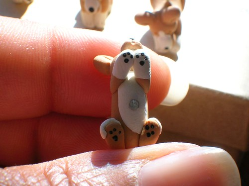 Close up of Corgi stitch marker paws