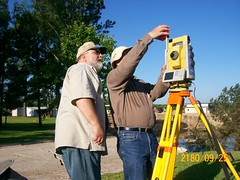Dr. Aiken, Lionel and the IS total station (ahmed_tarig) Tags: texas near houston sinkhole | daisetta