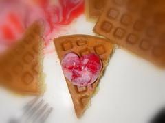 草苺冰淇淋鬆餅