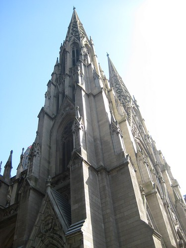 1554770922 3949de59ef Turismo celestial en Nueva York: la Catedral de Saint Patrick