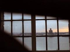 #918 (Alex Clark) Tags: window liverpool tate birkenhead mersey