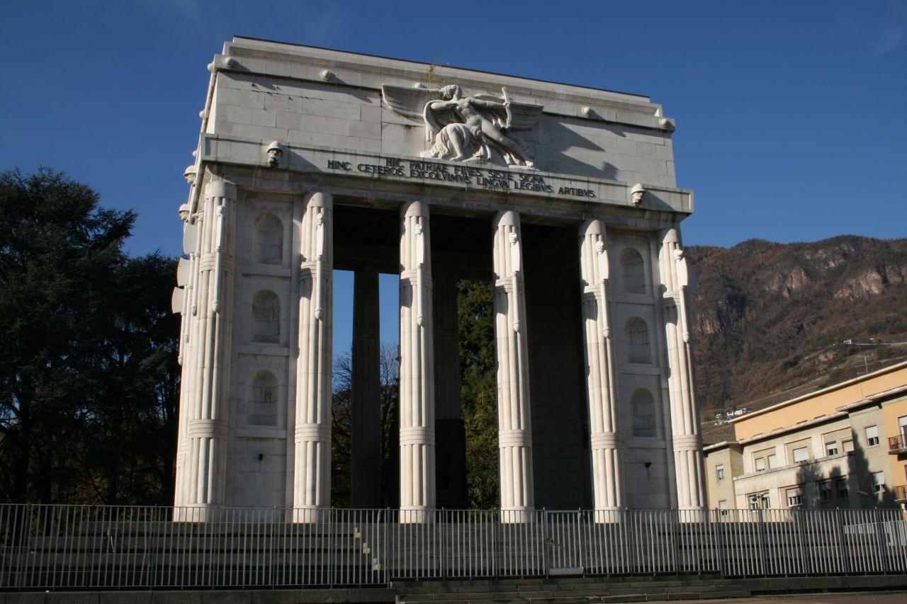Il monumento alla vittoria bolzano