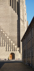 p.v. jensen-klint 04, grundtvig memorial church 1913-1940 (seier+seier) Tags: roof red building brick tower church monument yellow arquitetura architecture copenhagen tile denmark design arquitectura memorial cathedral gothic masonry creative commons baltic christian chiesa cc architect national danish kristen expressionism expressionist nordic neogothic scandinavia ruskin danmark architettura eglise jensen hansa scandinavian dansk architectuur kbenhavn gotik nordvest arkitektur hanse klint kirke germanic hanseatic bygning bispebjerg romanticism ruskinian grundtvig grundtvigskirken arkitekt bjerget flutings gothicism jensenklint hansestad seierseier
