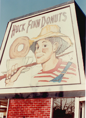 The old Huck Finn Donuts at South Archer and Kedzie Avenues. Chicago Illinois 1984. ( Gone.)