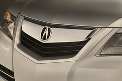 2009 Acura RL Grille