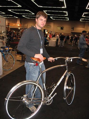 Moots Ti Comooter commuter bike.