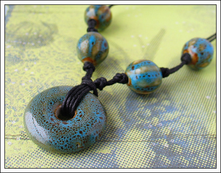 Porcelain bead necklace 2