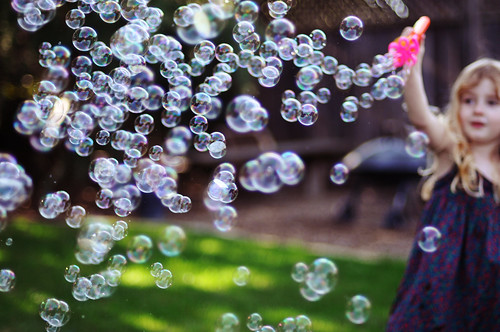 Bubbles galore / Cindy