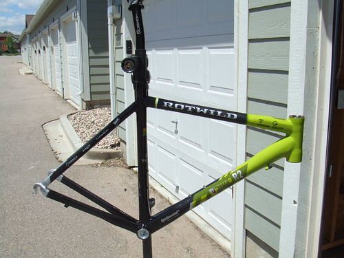 Team issued road frame set