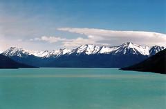 Lago Argentino (Pepix2007) Tags: patagonia paisajes argentina landscapes amrica nikon holidays paisaje lagoargentino lanscape traveler smorgasbord turquesa naturesfinest lamdscape mywinners fotoescaneada anawesomeshot diamondclassphotographer onlythebestare provinciadesantacruz
