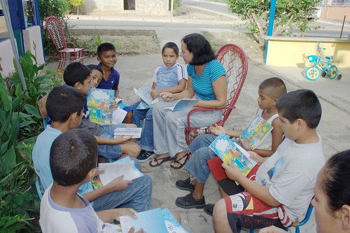 Luz Maria and Sunday school children