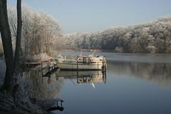 Griebnitzsee (casparhuebinger) Tags: christmas winter lake ice water forest weihnachten season boot see boat wasser frost jahreszeit eis wald potsdam raureif griebnitzsee