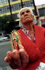 Virgen de Guadalupe (mexadrian) Tags: mexicocity faith vieja virgin oldlady fe whois viejita lavirgen virgendeguadalupe