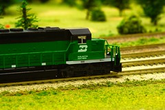 Cascade green mainline action