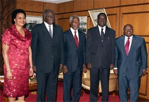 President Mwai Kibaki (second left) and Mr Raila Odinga (second right) with mediator Kofi Annan (centre), Ms Graca Machel and Mr Benjamin Mkapa after they held talks at Harambee House, Nairobi, on February 8, 2008. by Pan-African News Wire File Photos