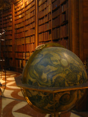books & globe