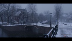 A Photographers Paradise (Nico Geerlings) Tags: amsterdam winter snow snowing holland netherlands reguliersgracht canal bridges bridge mood moody atmosphere silent silence fujifilmxt2 fujinon xf14mm ngimages nicogeerlings nicogeerlingsphotography