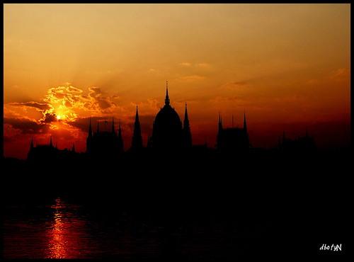 hajnal ( Morgen )