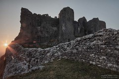 Carreg Cennen(15) (Sean Bolton (no longer active)) Tags: castle history wales carmarthenshire cymru ruin historic fortification fortress blackmountain carregcennen llandeilo cadw dyfed seanbolton ffotocymrucouk deheubarth castellfarm