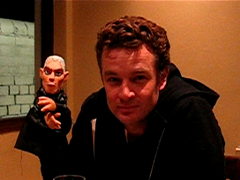 James Marsters 'Spike Puppet' greeting (Silverspike) Tags: blog puppet jamesmarsters spike josswhedon buffy btvs handpuppet ats angeltheseries puppetangel spikethevampire puppetspike