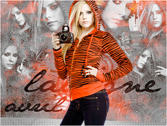 Avril Lavigne (- neto) Tags: red canon thing best damn avril blend lavigne the