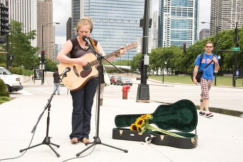 ajkane_090821_chicago-street-musicians_412