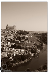 Toledo  (Realistic Qatar) Tags: canon eos is spain andalusia ef 30d realistic andalus  f4l 24105mm