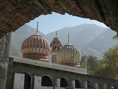 Shahi mosque Chitral (imranthetrekker , new year new adventures) Tags: pakistan snow afghanistan mountains history tourism church nature architecture river oak adventure glaciers greenery peshawar suspensionbridge polo nwfp juniper mosques shepherds silkroute chitral khyberpass colorsofautumn hindukush terichmir romboor torkham imranthetrekker imranschah northpakistan kalashvalleys shandoorpass decoratedtrucks muhabbatkhanmosque nooristan bamborate chitralguy thecastleoffairies trekkinginkalashvalleys shandoorfestival stctahedral kalashpasses donsonpass kundayakpass kalashgilrs