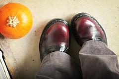 11.01.2007 (whitneybee) Tags: black pumpkin grey shoes burgundy kickass saddleshoes steeltoe gripfast nobloshoemo